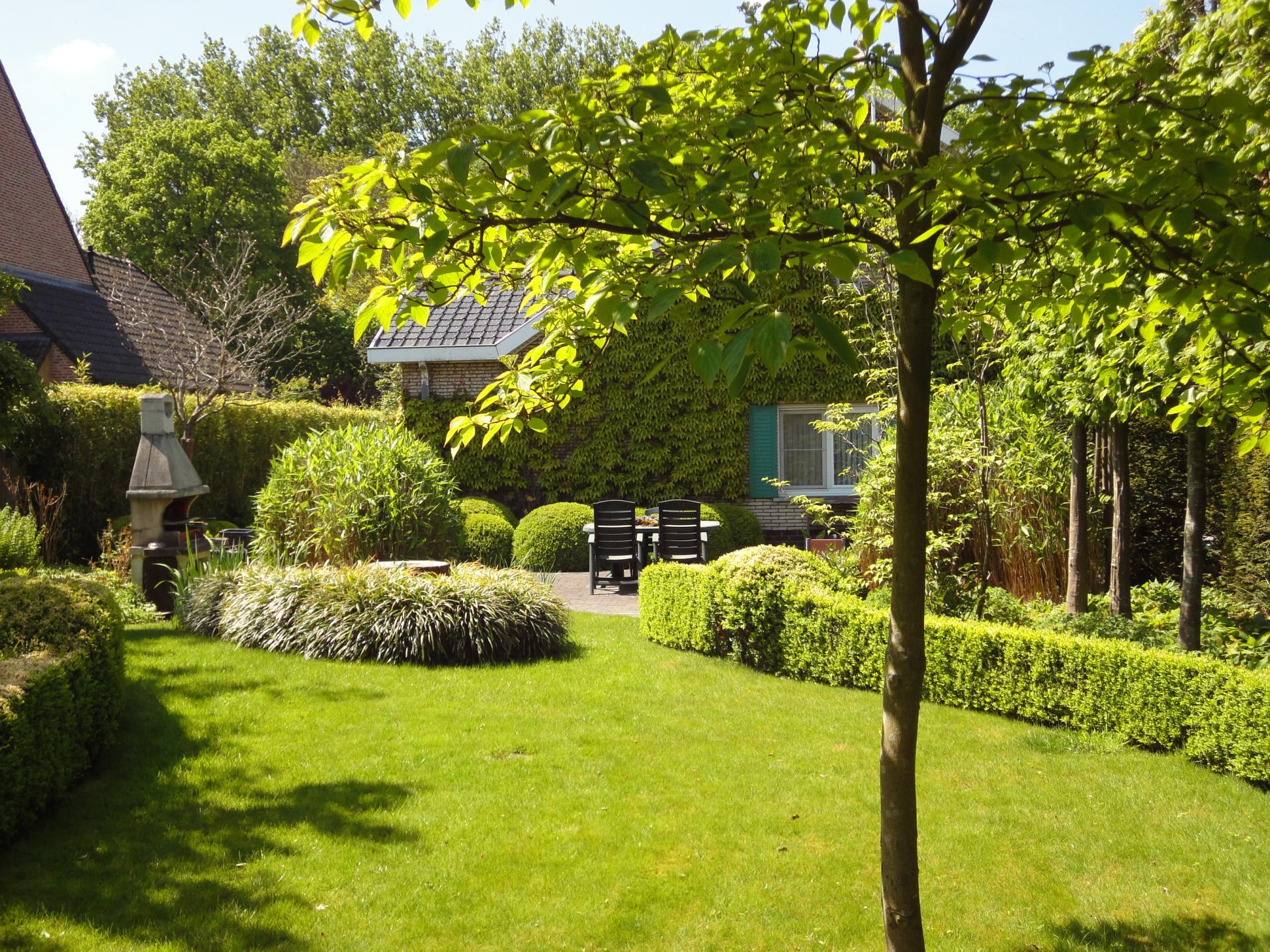 Prachtige villa met agrarisch zicht for Agrarisch bedrijf te koop gelderland